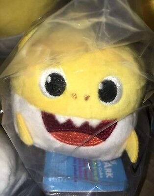 Pinkfong BABY SHARK Yellow Sound Plush Doll CUBE Sings ENGLISH SONG NWT