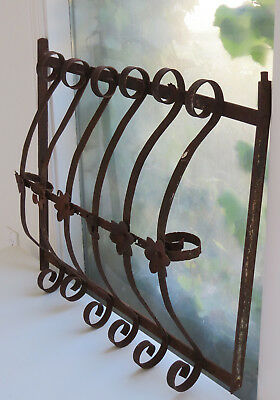Antique Shabby Rusty Wrought Cast Iron Flower Curvy Scrolly Salvage WINDOW GUARD