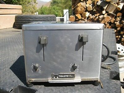 Toastswell 4 Slice Commercial Toaster Model BTM-4CB 2300 Watts