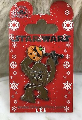 DISNEY STAR WARS PIN Trading Holiday Halloween CHEWBACCA Holding Pumpkin NEW!