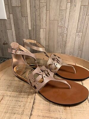 94782abae21a VINCE CAMUTO LEATHER Thong Flat Sandals - Arlanian METAL SAND 9.5 M ...