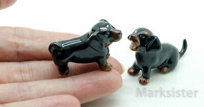 Figurine Animal Ceramic Statue 2 Black Dachshund Dog - CDG197