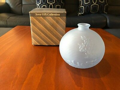 Avon Frosted Bud Vase Blue Violet In Box