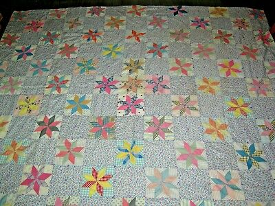 Vintage 40s 50s poss American patchwork stars squares pretty quilted bedspread