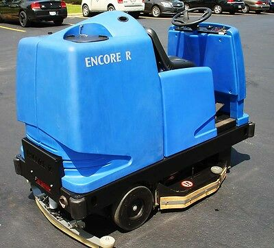 Nice Clean Clarke Encore R Rider Scrubber, Ride On, American-Lincoln, 36V, Works