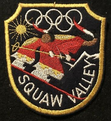 SQUAW VALLEY 1960 OLYMPICS Vintage Skiing Ski Patch CALIFORNIA Travel Souvenir