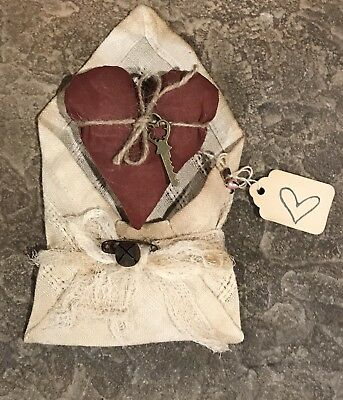 Primitive *Key To Your Heart* Valentine W/ Fabric Envelope
