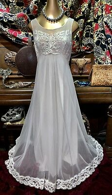 Vintage Shadowline Chiffon Lace Pearl Peignoir Nightie Sweep Negligee Gown 34 S