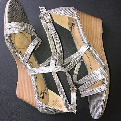 43657969c06 Sofft Women s Mecina Wedge Sandal Silver Atlas Metallic Leather Comfort  Sandals