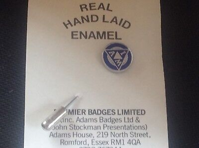 Institute of Advanced Motorists Motor Car Enamel Lapel Badge Pin in Blue