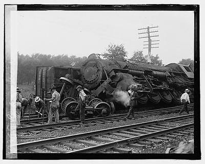 Photo:Railroad wreck,Disaster,Train Wreck,1922,RR,7