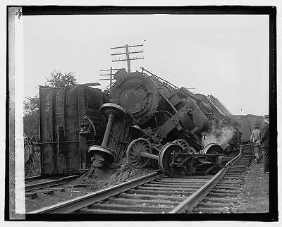 Photo:Railroad wreck,Disaster,Train Wreck,1922,RR,4