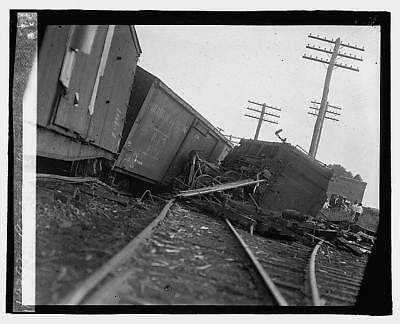 Photo:Railroad wreck,Disaster,Train Wreck,1922,RR,5