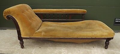 Antique Victorian Oak-Framed Upholstered Chaise Longue - Needs Reupholstery