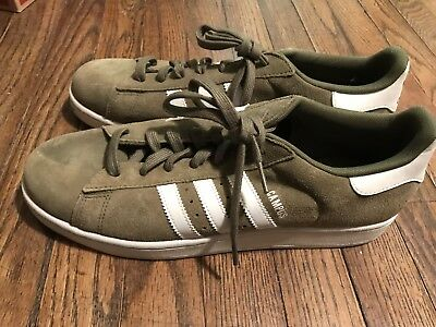 purchase cheap 0387c 08fcb Mens Adidas Campus olive green suede sneaker size 11