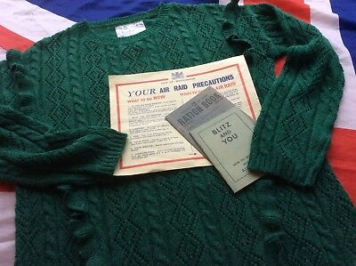 """1940s WW2 Land Girl Style Green Lacy Ladies Jumper  ~ Size 38"""" approx"""