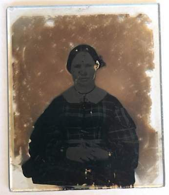 AMBROTYPE SIXTH 1/6 PLATE PORTRAIT OF A WOMAN c.1860 NO CASE