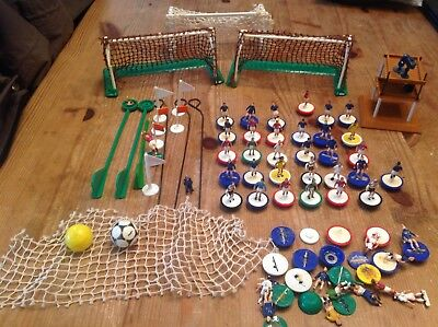 Subbuteo accessories incl spare HW players , balls , nets , flags and cameraman
