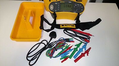 Fluke 1652 Multifunction Tester 17th Edition with Remote Probe