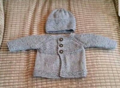 New hand knitted baby cardy in size newborm in different colours