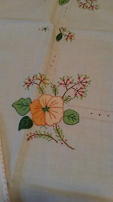 VINTAGE Luncheon Table Cloth - 33 x 33 - with 4 Napkins - Hand Embroidered