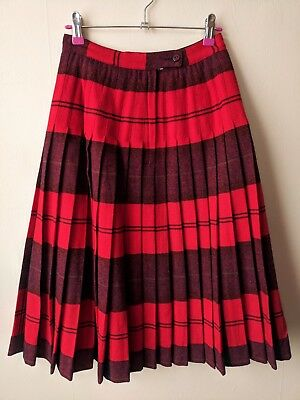 e983e66f1 50s vintage pleated reversible 'turnabout' Pendleton red wool skirt 8  Christmas