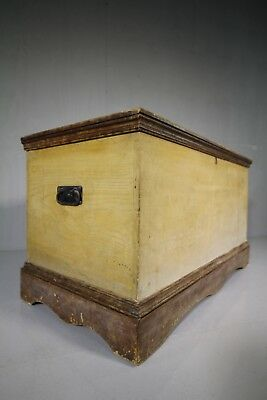 Georgian Antique Bedding Box in Original Paint.