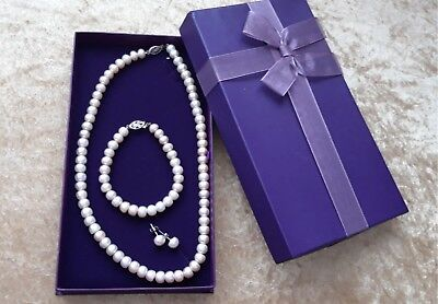 Pearl set, gift boxed. necklace, earrings and bracelet. 925 silver