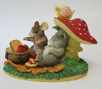 CHARMING TAILS Figurine LIFE'S A PICNIC WITH YOU Summer Mouse Rabbit 83/701 F&F