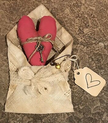 Small Primitive *Key To My Heart* Valentine W/ Fabric Envelope & Pink Heart