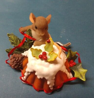 ENESCO Charming Tails Happy Holidays Puddin Pie