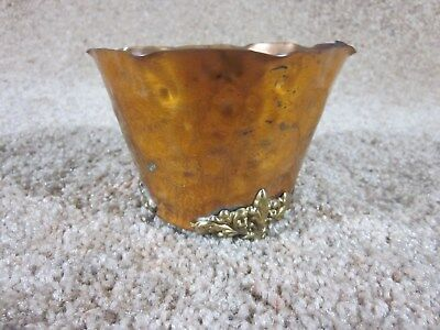 """Vintage - Colonial Virginia - 3 Legged - Flower Pot - Copper - Hand Made - 3"""" T"""