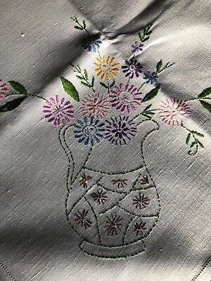 Lovely Vintage Floral Hand Embroidered Med. Square Cream Irish Linen Tablecloth