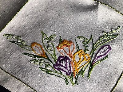 Super Vintage Floral Hand Embroidered Med. Square Cream Irish Linen Tablecloth