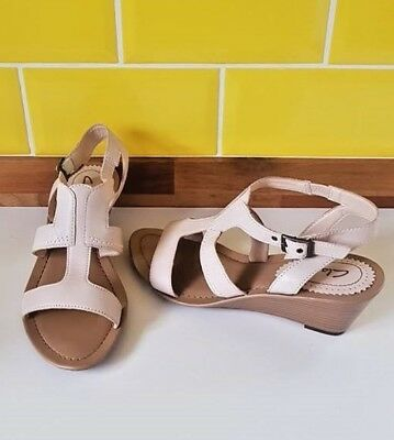 f445744d1 Worn Once Clarks Cream Leather Small Wedge Sandals Size 6 Buckle Fastening  VGC
