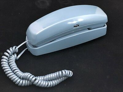 Vintage Bell South Products Trim Line Push-Button Telephone Blue Model 475V