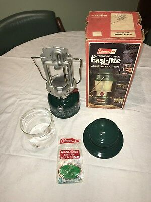 Coleman 325 pressure Lantern Made in Canada 1985 uses  Shellite or Coleman fuel