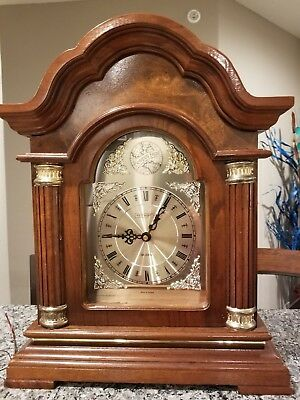 "Westminister Chime Strike ""Tempus Fugit"" Wood Mantel Clock Quartz"