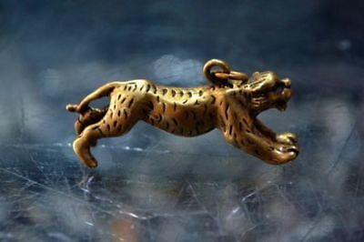 Antique Chinese Rare Old Brass Handwork Collectible Fierce Leopard Pendant
