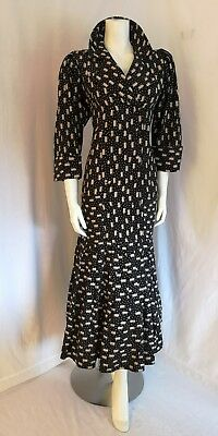 Droopy & Brown Dress Size 16