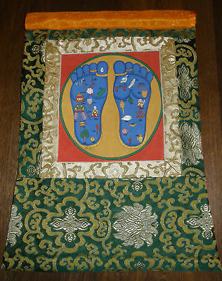 Toller MEDIZIN THANGKA mit Buddhas Footprint in Brokat 56x34 cm
