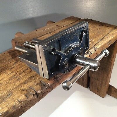 VINTAGE WODEN No 194 BENCH VICE. WOOD / METAL WORKING .6 INCH JAWS