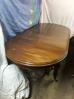 Mahogany wind out Dining Table
