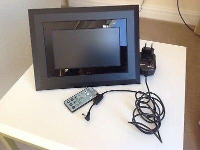 Kodak EasyShare SV811 Digital Photo Frame + Remote Control