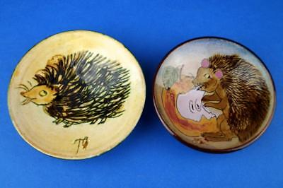 PAIR of Chelsea Studio Pottery HEDGEHOGS Wall Plates/Dishes JOYCE MORGAN