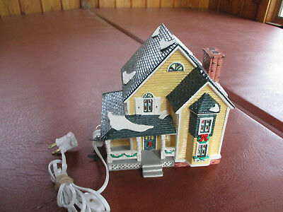 "Dept. 56 Snow Village ""woodbury House"" Building"
