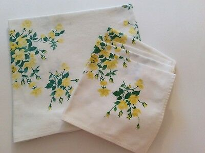 Vintage Tablecloth & 4 Matching Napkins - Wilendur - Yellow Roses - Cottage Chic