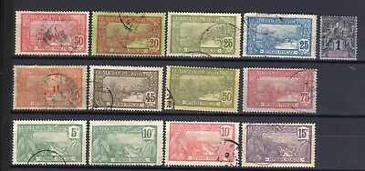 Guadeloupe - lot de timbres / Stamps
