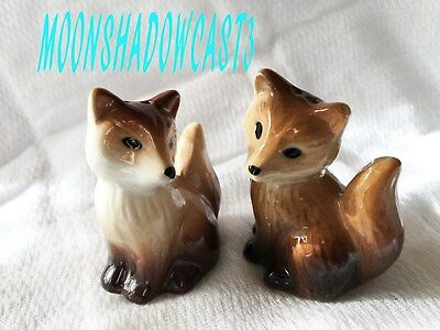 LITTLE Brown FOXES Male & Female Salt & Pepper Shaker Set  NWT NEW WITH TAGS