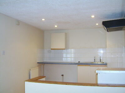 2  Flats For Sale  Freehold-£790 Rent Return Per Month  **fantastic Return**